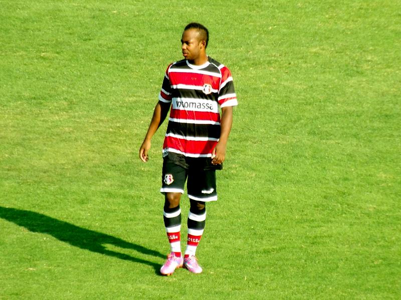 Wescley disputou a Série B 2014 pelo Santa Cruz. (Foto: Divulgação / Santa Cruz)