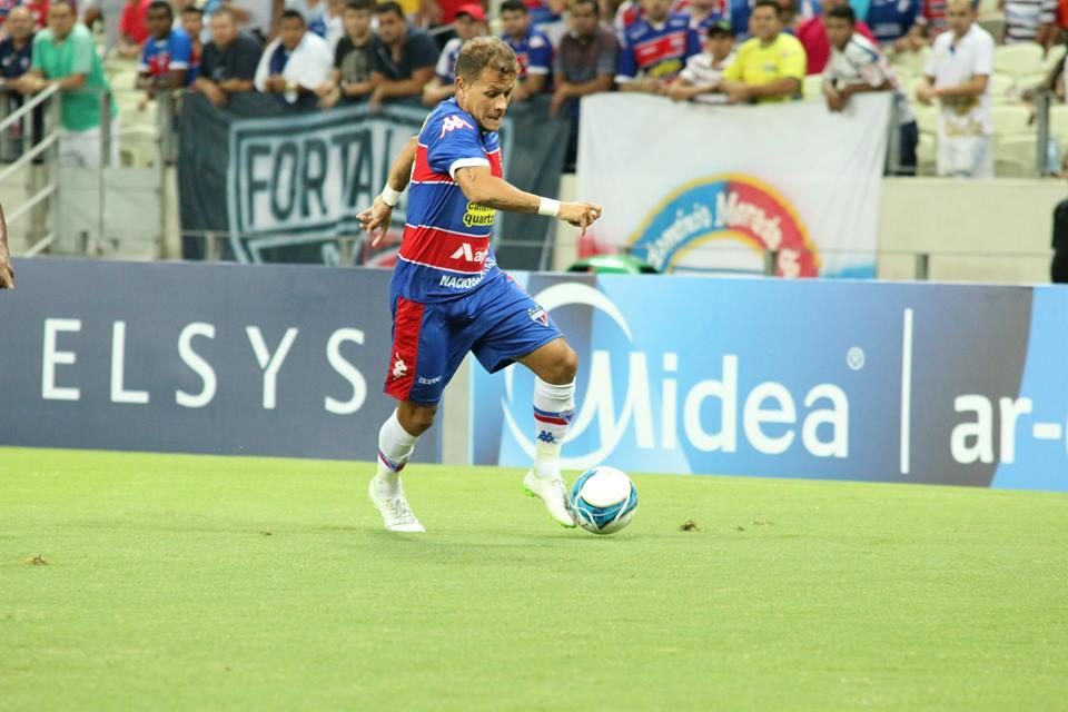 Everton voltou a ser titular no time do Fortaleza (FOTO: Nodge Nogueira/divulgação)