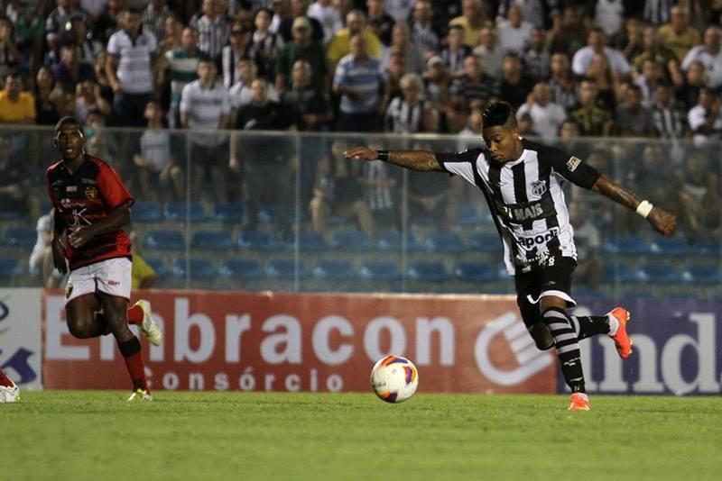 Após as boas atuações dos últimos jogos, Marinho ganhou uma vaga no time titular. (Foto: Divulgação/CearáSC)