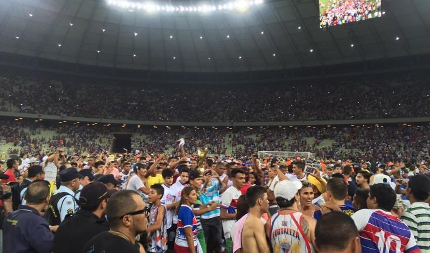 Polícia investiga torcedores suspeitos de crimes em estádio (FOTO: Lucas Catrib/ Tribuna do Ceará)