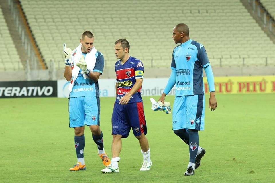 Deola foi contratado como um dos jogadores experientes do grupo do Fortaleza em 2015 (FOTO: divulgação/Nodge Nogueira)