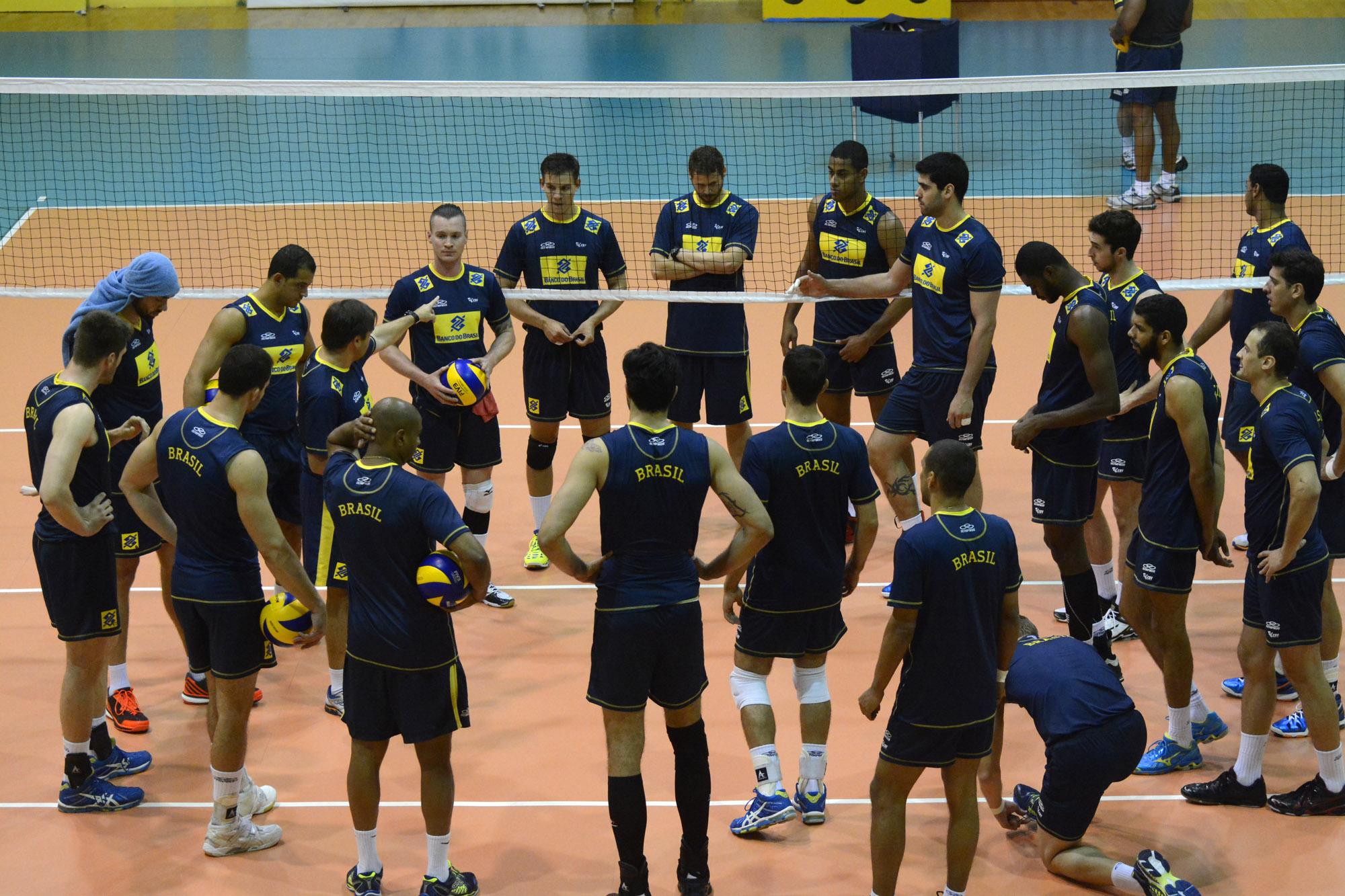 Seleção faz maior parte da preparação em Saquarema (RJ) (Foto: divulgação/CBV)
