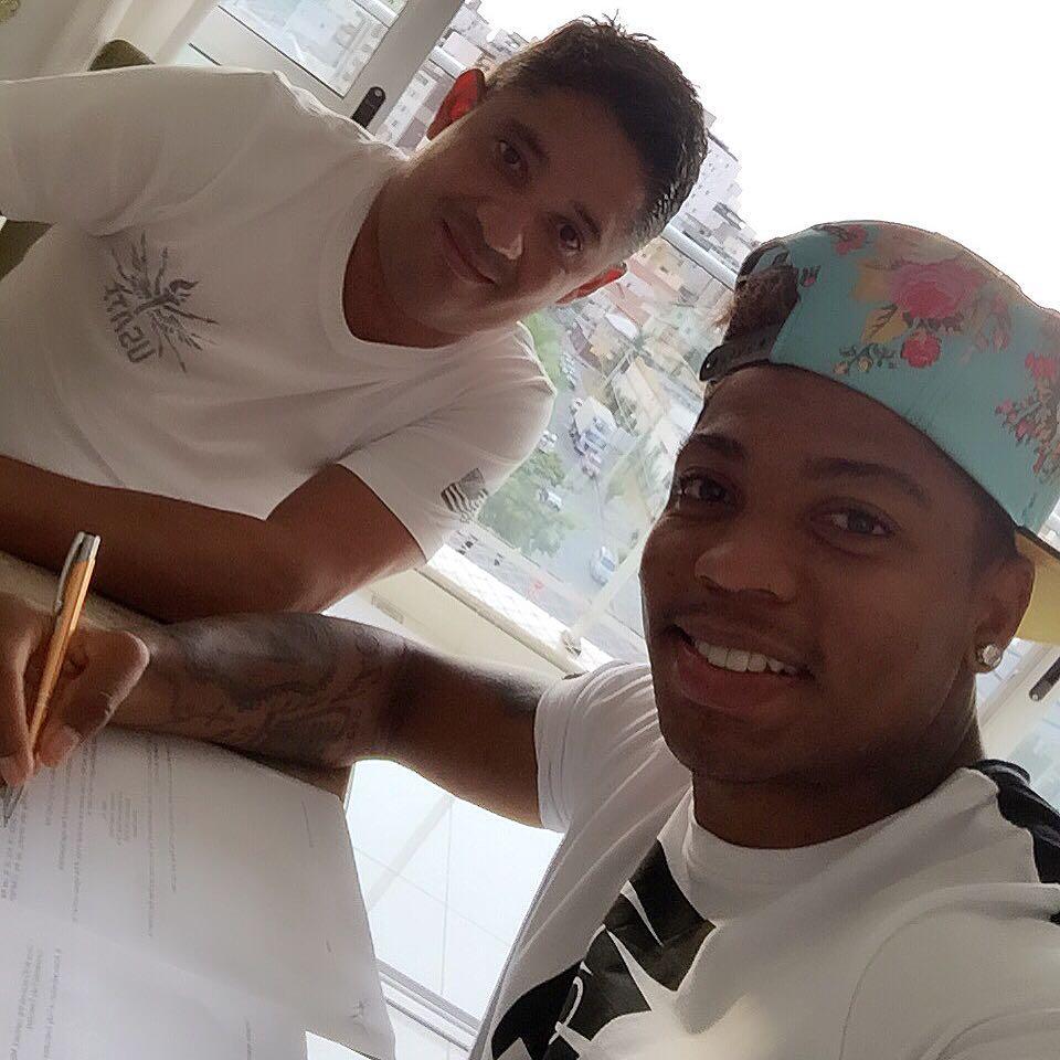Marinho assinou contrato com a Nike (Foto: arquivo pessoal)