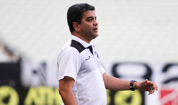 Marcelo Cabo vai fazer mudanças na equipe. Cametá será o lateral direito (Foto: Christian Alekson/cearasc.com)