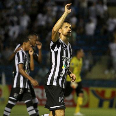 Magno Alves era o homem de referência no ataque do Alvinegro (Foto: Reprodução/Facebook)