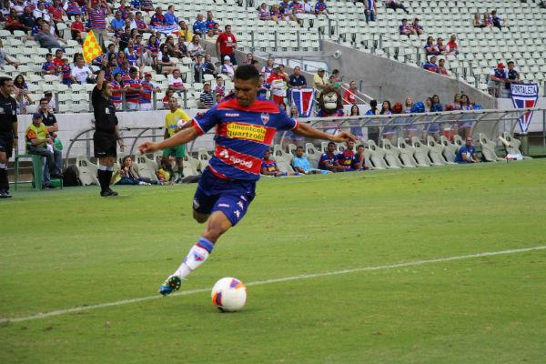 O volante Pio é o artilheiro da equipe na Série C (Foto: Anderson Azevedo/Tribuna Band News FM)