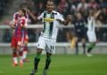 Raffael Caetano foi decisivo para Mönchengladbac ficar em 3º lugar na Bundesliga (Foto: divulgação)