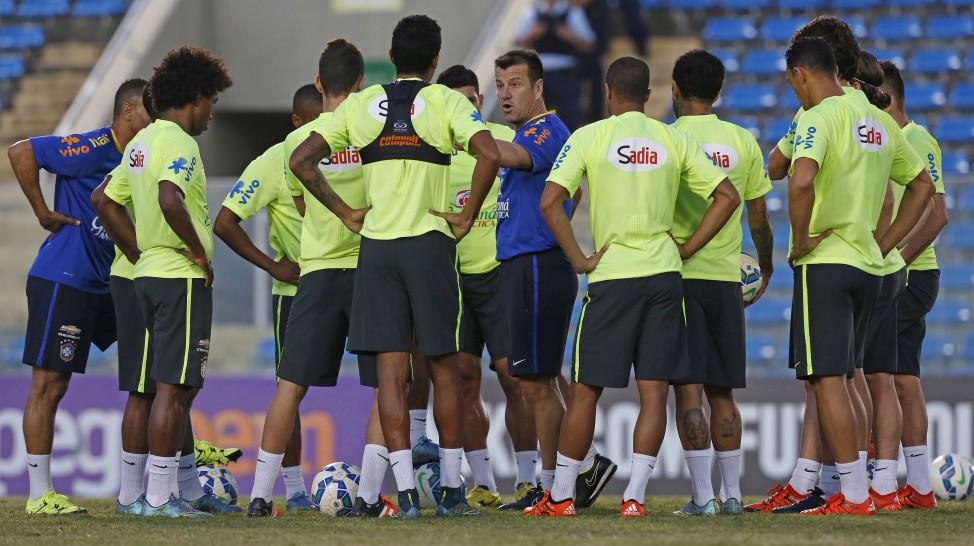 Dunga comandará novamente um trabalho no estádio Presidente Vargas (Foto: Rafael Ribeiro/CBF)