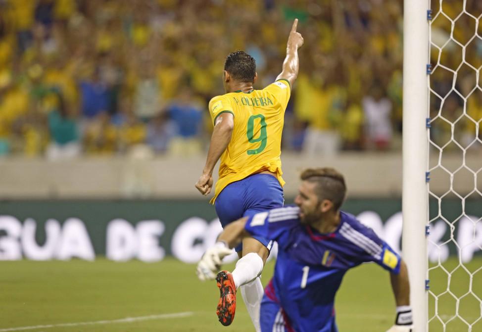 Ricardo Oliveira voltou a marcar pela seleção depois de 10 anos (Foto: Rafael Ribeiro/CBF)