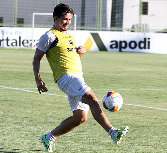 Siloé ganhou espaço no time titular (FOTO: Christian Alekson/Cearasc.com)