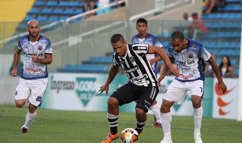 Caio Cesar deverá ser outra vez titular (Foto: Christian Alekson/CearaSC.com)