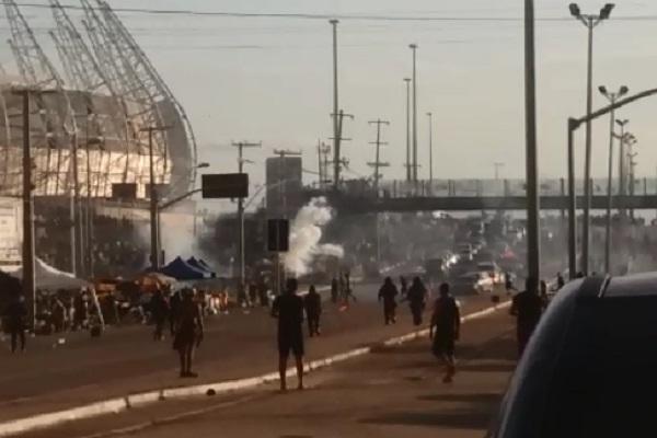 O domingo foi de muita violência na região do Castelão (FOTO: Reprodução)