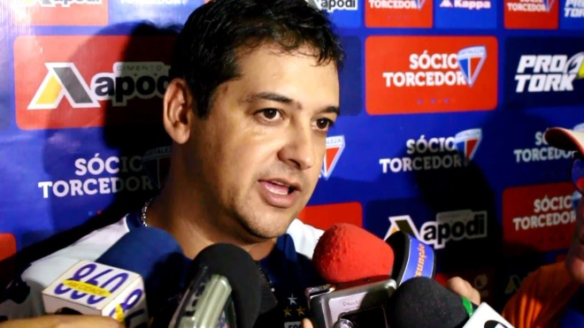 Marquinhos Santos deixa o Fortaleza às vésperas do mata-mata da série C