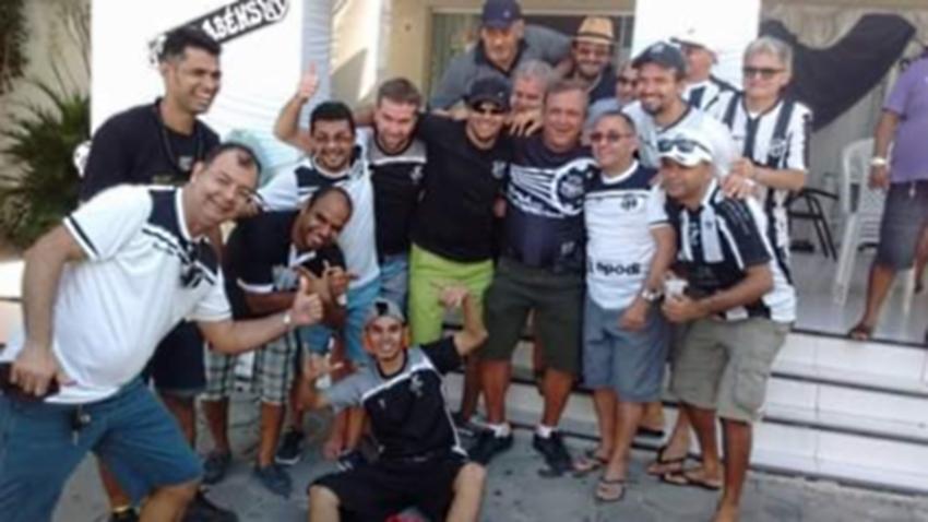 Surdos se reúnem em grupo especial de torcida pelo Ceará