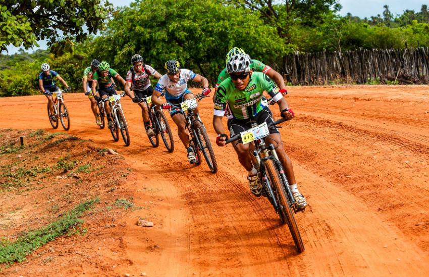 Rally chega a 30ª edição com percursos para bikes que desafiam participantes