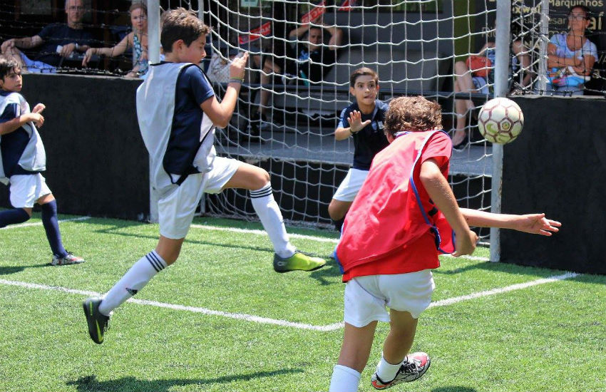 Paris Saint-Germain selecionará 400 jovens para escolinha de futebol no Ceará