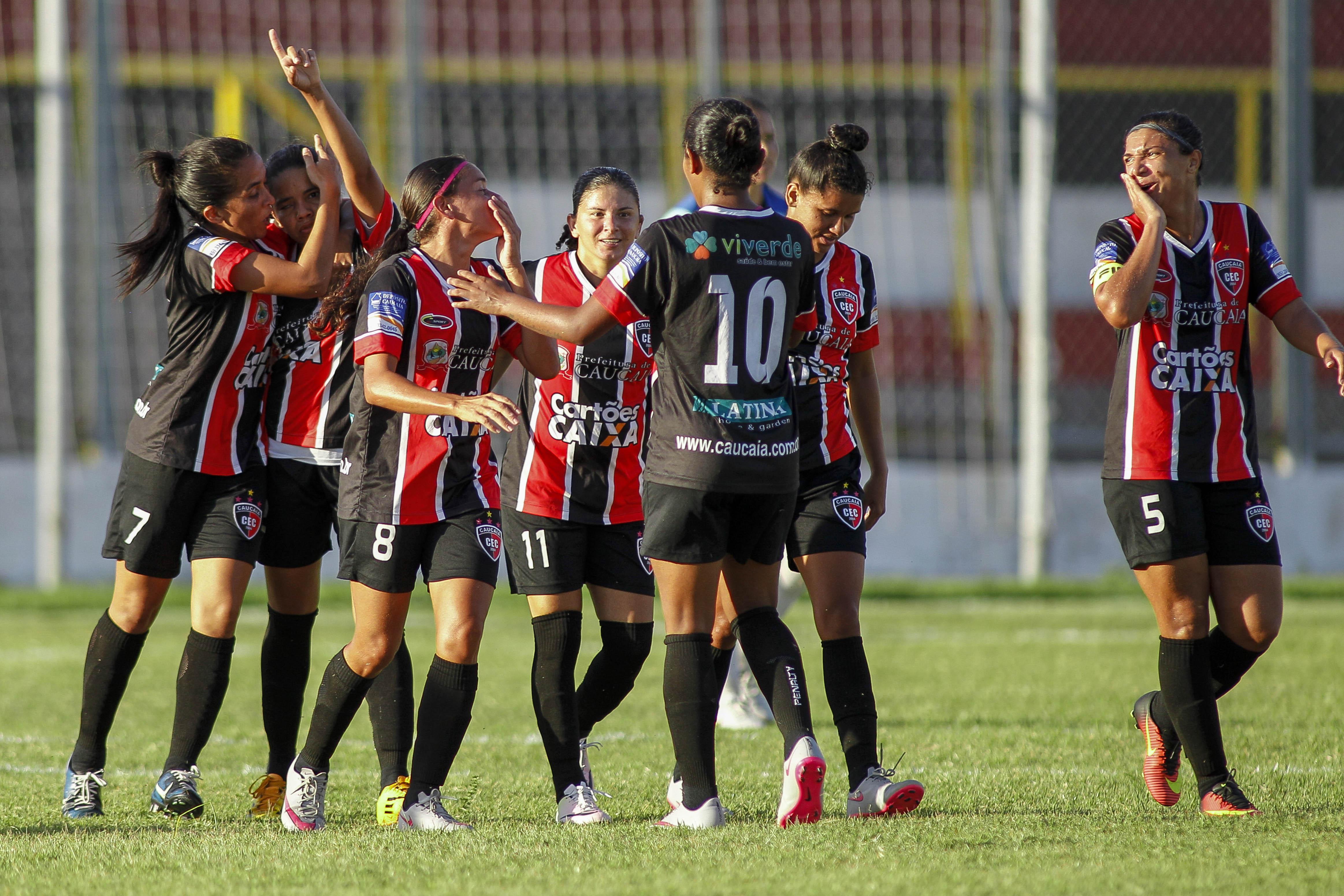 Caucaia goleia e consegue vaga inédita na semifinal da 2ª divisão do Brasileiro