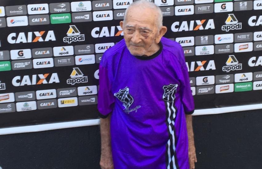 Torcedor do Ceará de 104 anos realiza sonho de conhecer a sede do clube