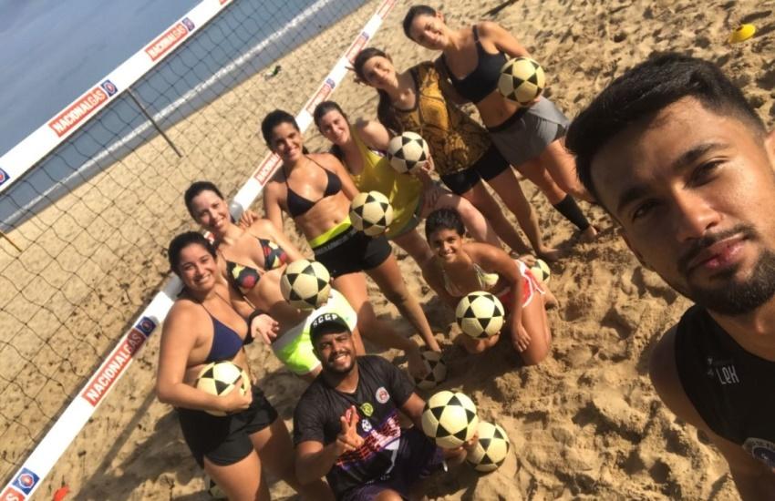 A bola também é delas! Mulherada ocupa espaço no futevôlei em Fortaleza