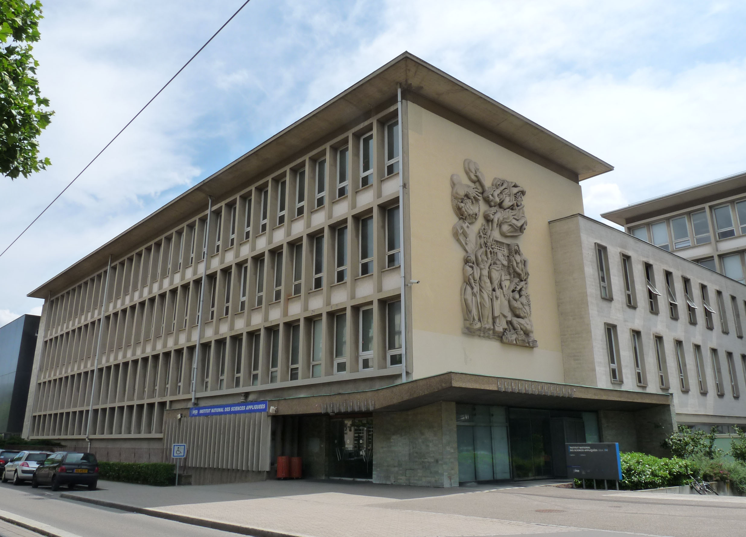 Vinte e sete instituições de ensino superior francesas são conveniadas à UFC. Elas pertencem a sete grandes grupos: Écoles Centrales (EC), Instituts Nationaux des Sciences Appliquées (INSA), Arts et Métiers ParisTech, Université de Technologie de Troyes (ITT), École IT-SudParis, École Supérieure d'Électricité (Supélec) e Institut Mines-Télécom (FOTO: Divulgação/Insa)