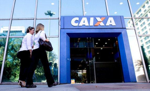 Para que o estudante de nível superior ingresse no Programa de Estágio da CAIXA é necessário ter no mínimo 18 anos de idade (FOTO: Divulgação)
