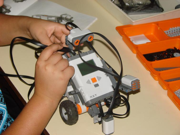 Na conclusão do curso, em dezembro deste ano, será realizada a IV Olimpíada de Robótica das Escolas Públicas Estaduais do Ceará (FOTO: Reprodução)