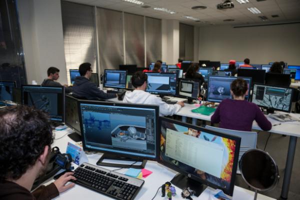 O curso é focado em criação e desenvolvimento de videogames, mas também dará ao alunos noções de empreendedorismo (FOTO: Reprodução)