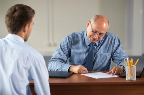 É importante saber os passos que deve tomar para se reposicionar no mercado de trabalho (FOTO: Divulgação)