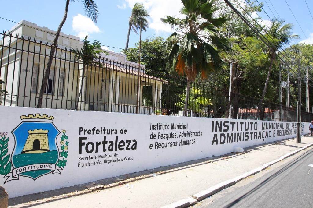 Imparh oferece 770 vagas para 6 cursos idiomas em Fortaleza