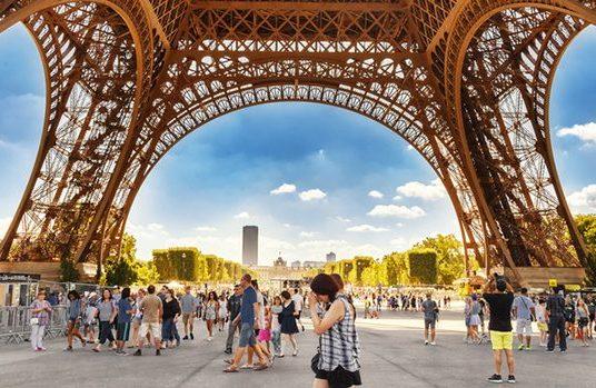 Governo francês oferece bolsas de mestrado e doutorado
