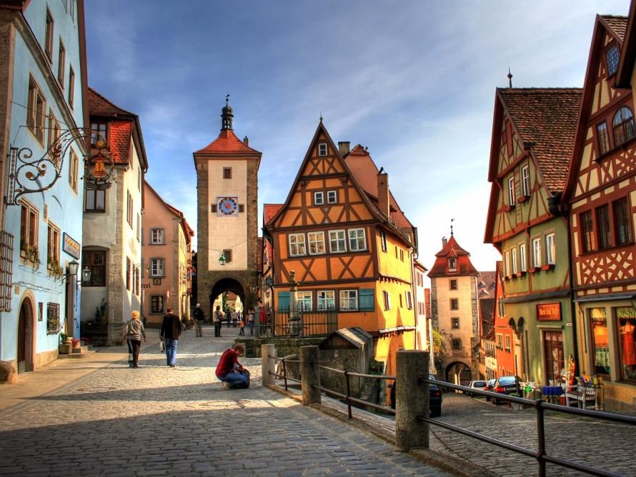 Alemanha oferece bolsa de 2 mil euros para 20 profissionais