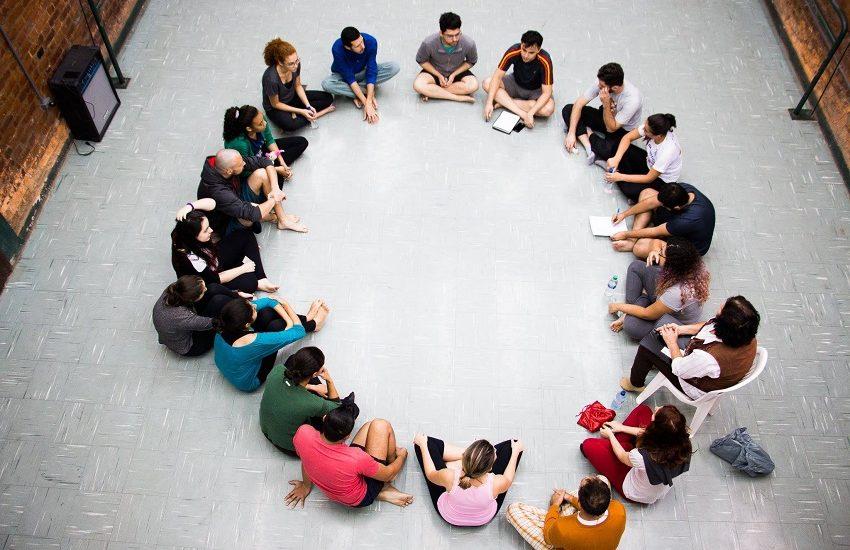 Grupo Bagaceira de Teatro oferece oficina de iniciação teatral e processo de criação