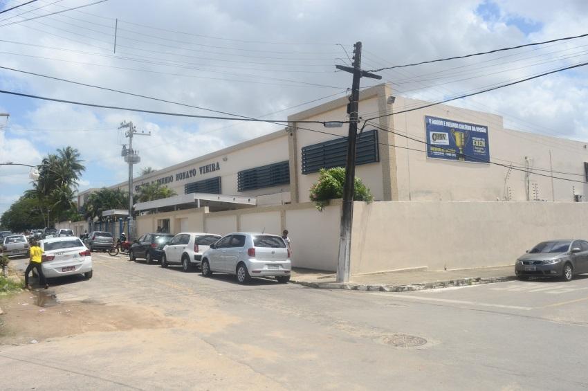Faculdade de Maracanaú abre 13 vagas de emprego