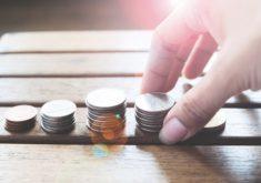 conceito-de-economia-de-dinheiro_1428-340