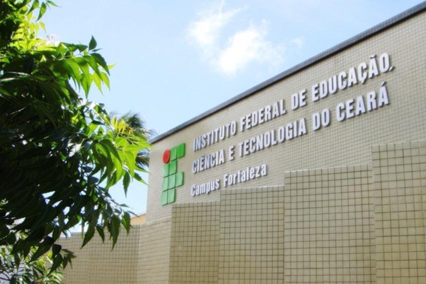 IFCE de Maracanaú seleciona professores substitutos