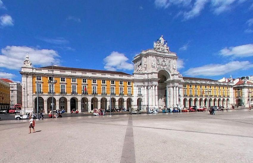 Portal auxilia estudantes brasileiros quem desejam passar temporada em Portugal