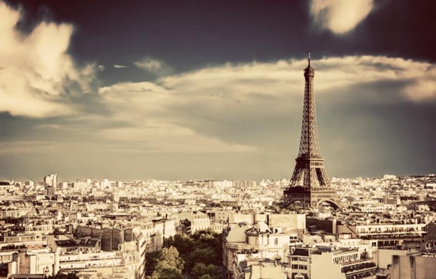 Palestra apresenta a estudantes oportunidades de estudo e bolsas na França