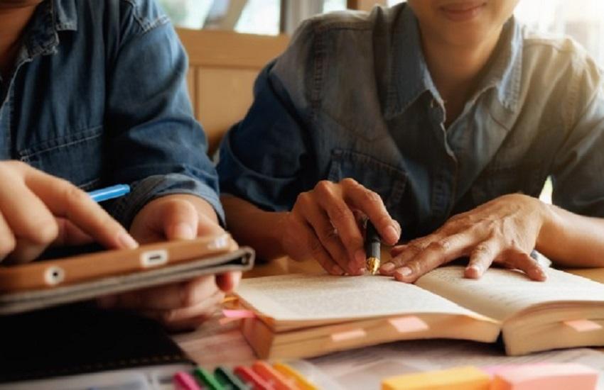 Centro Universitário oferece 12 mil bolsas de estudo em todo o Brasil