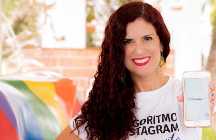 Consultora de marketing digital ministra workshop sobre uso de Instagram para negócios