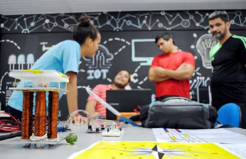 Centec oferece mais de 500 vagas em cursos gratuitos de informática básica e avançada