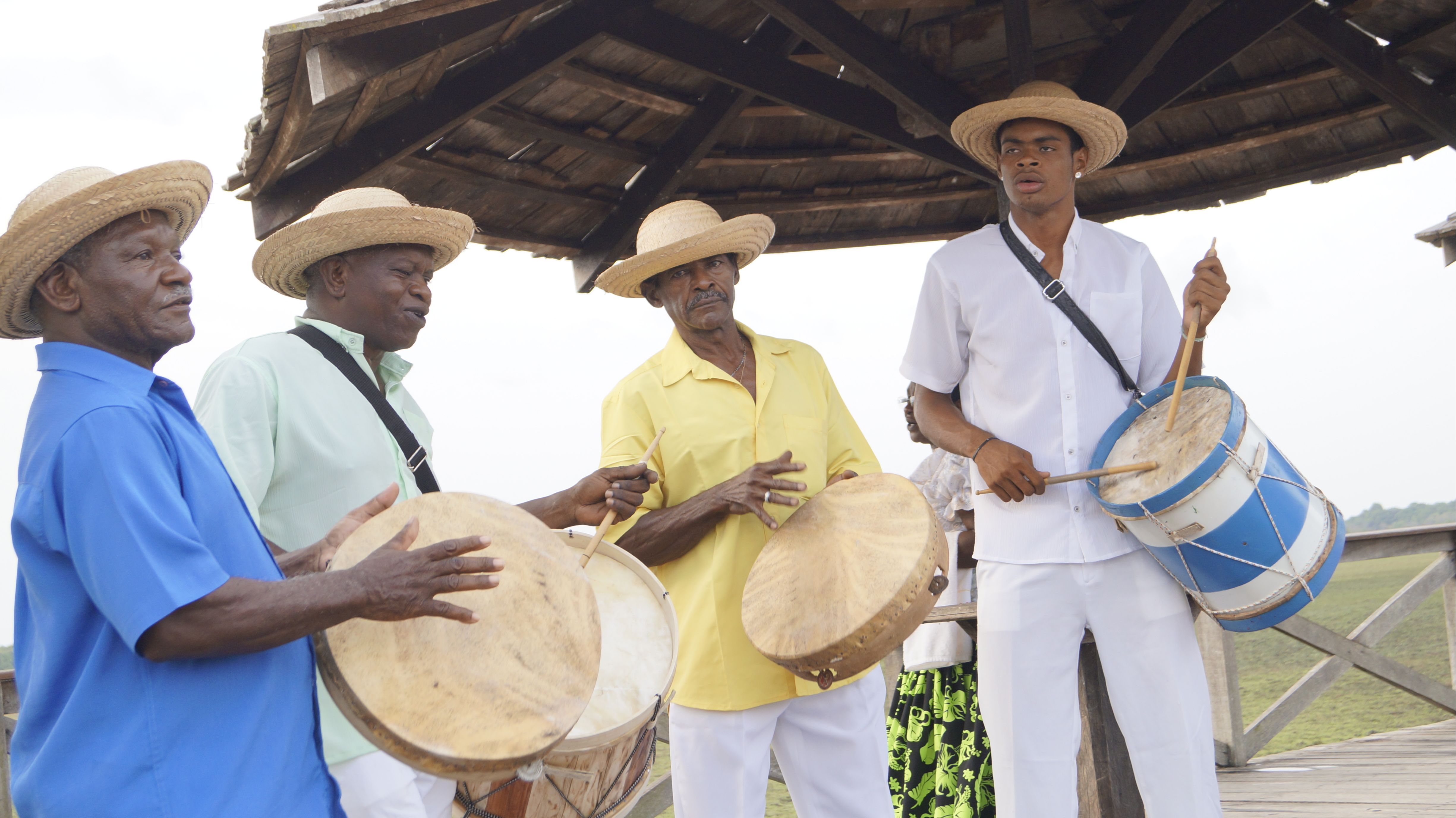 Raízes do Bolão dá voz à cultura afrodescendente do Amapá, ao som de tambores e pandeirões