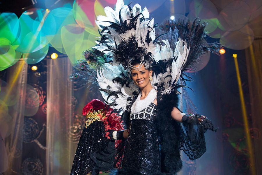 Ingrid Gonçalves, a Miss Maranhão, desfilou com o traje de Chico Coimbra, Mademoiselle Upaon-Açu
