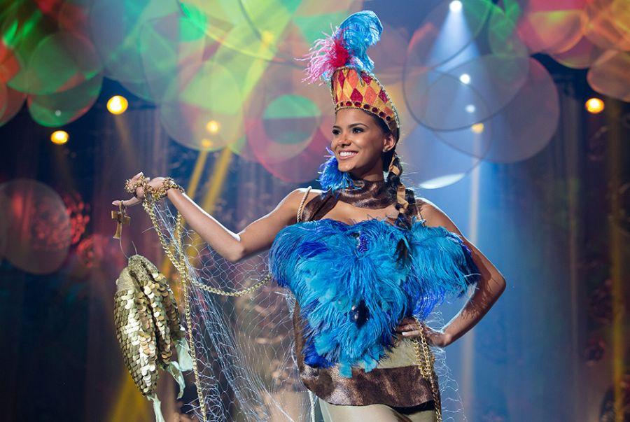 Jakelyne Oliveira, a Miss Mato Grosso, demonstrou no traje as belezas do Estado com a roupa A Deusa do Pantanal