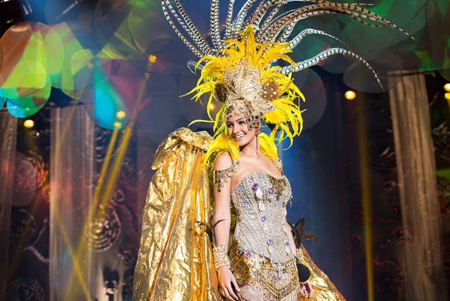 Lisianny Bispo, a Miss Sergipe, desfilou com a roupa que leva o nome de sua cidade Itabaiana a Lenda da Cidade do Ouro
