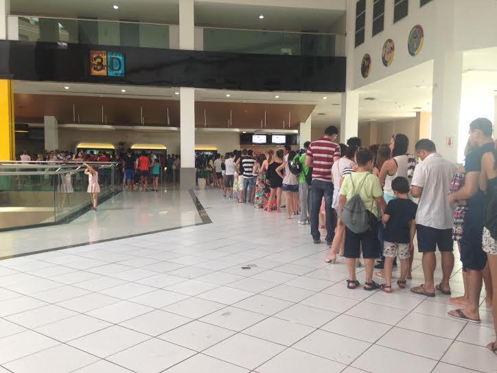 Filas e mais filas no cinema durante o período momino (FOTO: Tribuna do Ceará/Roberta Tavares)