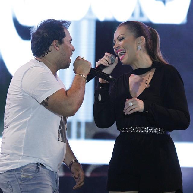 Aviões do Forró é uma das bandas que mais usaram hits internacionais para criar versões em português. (FOTO: Divulgação)