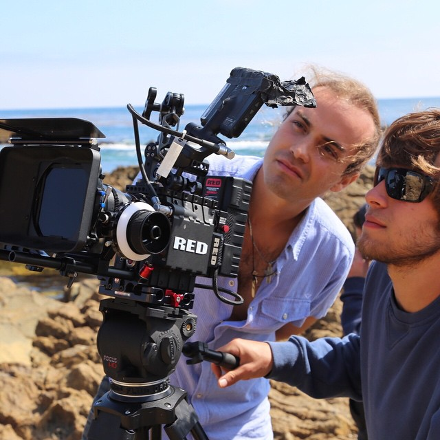 Cearense filma nos EUA e pretende distribuir roteiro em braile nas escolas brasileiras