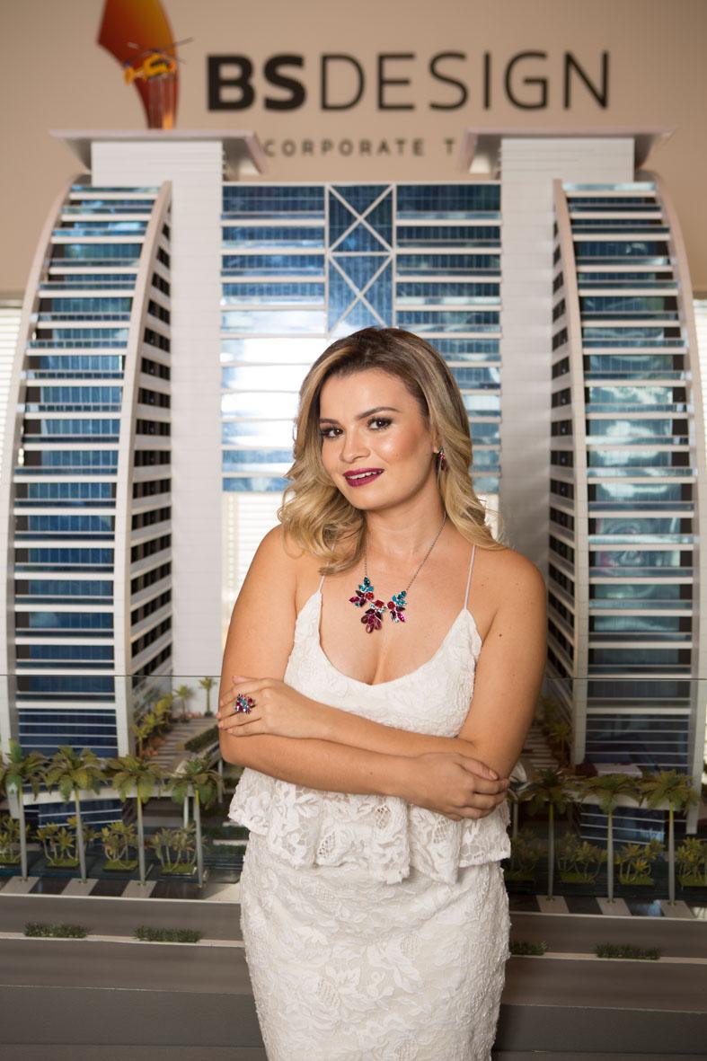 Emanuelle Vieira (Blogueira)