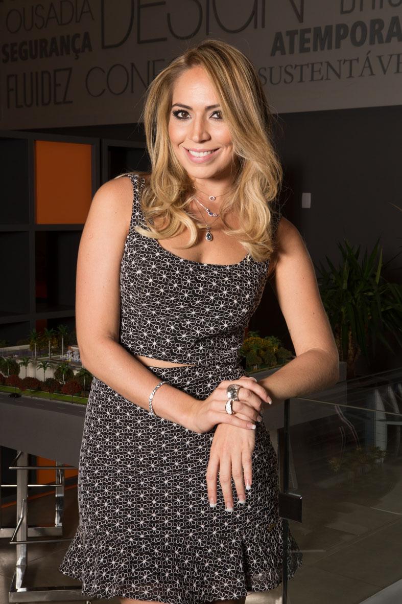 Fernanda Nepomuceno (Jornalista da TV Jangadeiro)