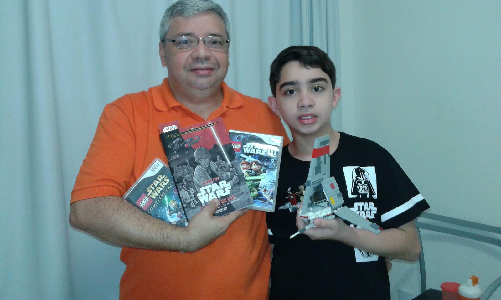 Pedro Paulo (50) e seu filho Pedro Victor Câmara (11) assistiram o filme juntos